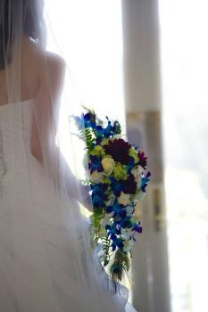 Peacock Cascading Bouquet - Photo Courtesy of Lori Rittinger Photography
